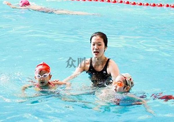 游泳技能培训